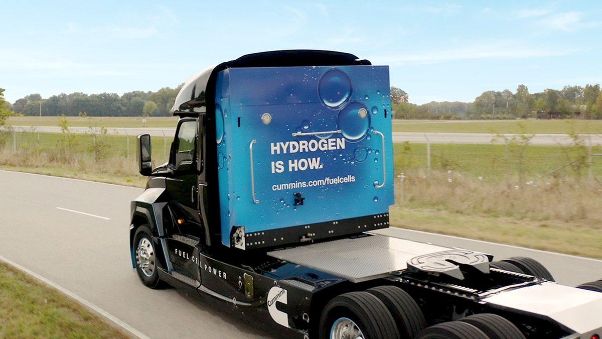 Вантажівка від Cummins.