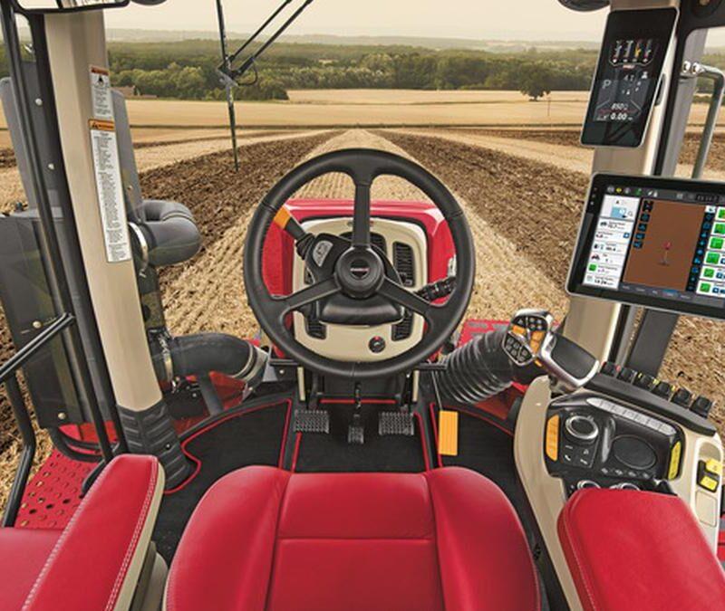 Нові трактори Case для аграріїв 2021.