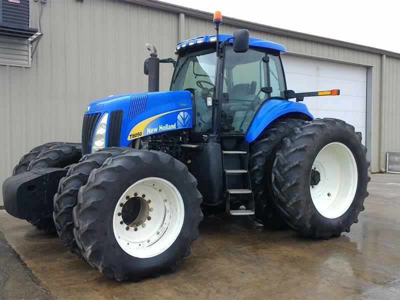 Трактор New Holland T8050